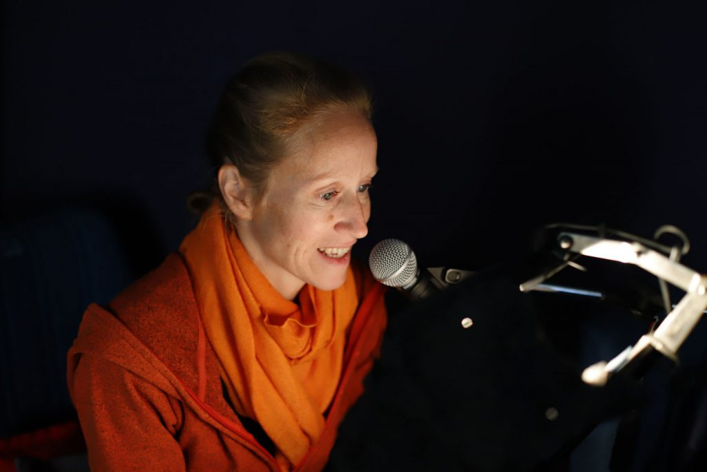 Einsprecherin Hannelore Schmid